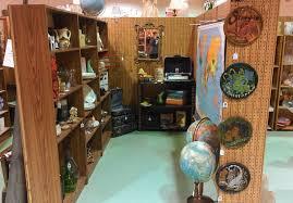 vintage show off megan u0027s booth part i bookshelves