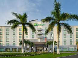 Motel 6 Miami Fl Hotel Holiday Inn Miami Doral Area Hotel By Ihg