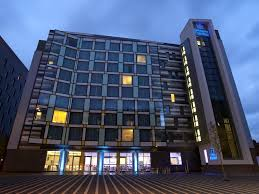 holiday inn express manchester city centre arena hotel by ihg