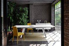 calligaris echo extending table calligaris echo extending dining table available in a number of