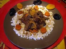 cuisiner de la joue de boeuf recette de tajine de joue de boeuf aux fruits et légumes