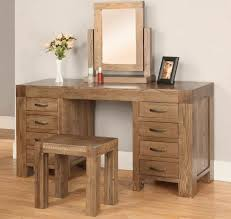 brilliant dark oak bedroom furniture 1000 ideas about oak bedroom