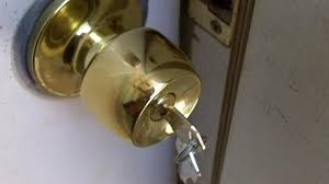 replace your own keyed doorknob see jane drill