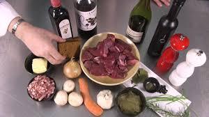 recette de cuisine civet de chevreuil tuto cuisine la recette du civet de chevreuil