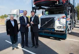 volvo haul trucks for sale volvo trucks delivers california fleet u0027s 1 000th auto hauler model