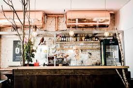 Wohnzimmer Bar In Berlin Pilsner Urquell Tankbier