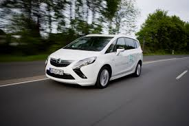opel minivan opel zafira tourer is most environmentally friendly van 2014