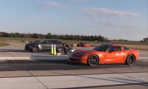 camaro zl1 vs corvette z06 2017 zl1 vs c6 modded corvette z06 in 1 2 mile run 6th 2016