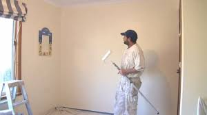 Painting Techniques Interior Walls by How To Paint A Wall Using A Roller The Best Technique Painting