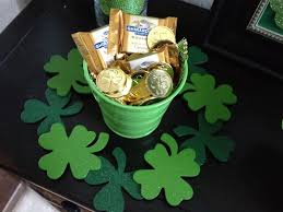 interior design view irish themed party decorations on a budget