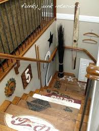 Ideas To Decorate Staircase Wall Staircase Wall Decorations Basement Staircase Wall Decorating