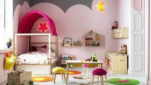 chambre fille de la chambre bébé à la chambre enfant nos idées pour l aménager