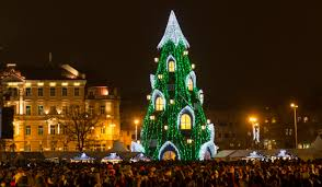 photos christmas celebrations around the world the indian express