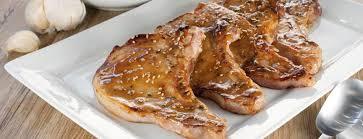 cuisiner cote de porc côtes de porc marinées au miel moutarde et sésame