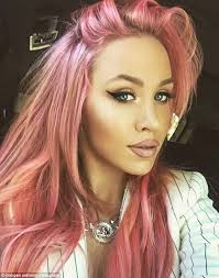 does kyle wear hair extensions kyle sandilands girlfriend imogen anthony shows off her new nails