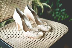 wedding shoes toronto wolf photography king valley golf club an parisian wedding