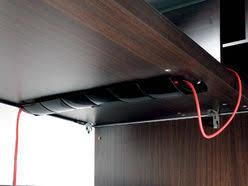 passe cable de bureau passage de câbles bureau accessoires pour passer les câbles dans