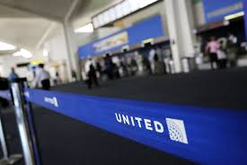 United Airlines Baggage Size Limit by United Airlines Changes Its Policy For Kids Traveling Alone Fortune
