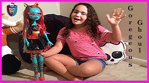 Halloween Costumes Monster High Shoes by Giant Monster High Gore Geous Ghoul Beast Freaky Friend Youtube