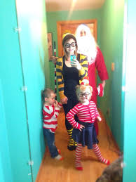 Wheres Waldo Halloween Costume U0027s Waldo Family Halloween Costume Idea Waldo Wenda Odlaw