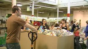 toronto thanksgiving food drive seeking 400k and donated food