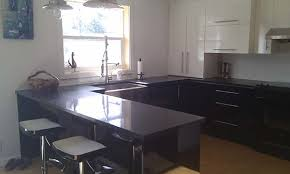 comptoir de cuisine sur mesure design rénovation de votre cuisine sur mesure armoires de cuisine