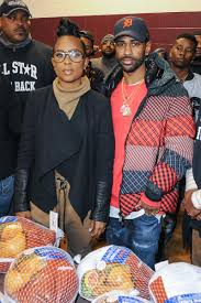 thanksgiving november 22 ford big sean dej loaf and more pass out turkeys at annual all