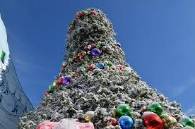 Universal Studios Christmas Ornaments - universal studios hollywood 2016 grinchmas details world of