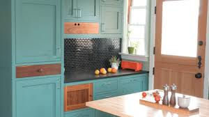 ideas for painting kitchen cabinets photos painting kitchen cabinet ideas thedailygraff
