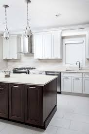 Chestnut Kitchen Cabinets This Bright And Beautiful Fusion Blanc And Chestnut Kitchen Is