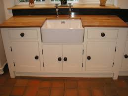 Cream Shaker Kitchen Ideas Awesome Shaker Kitchen Style Come With Brown Color Oak Wood