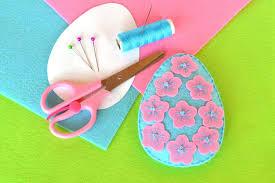 felt easter eggs felt easter egg with flowers scissors thread needle pins