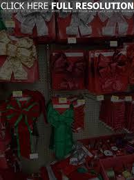 Artificial Christmas Wreaths Decorating Ideas diy christmas wreath ideas how to make holiday wreaths crafts idolza