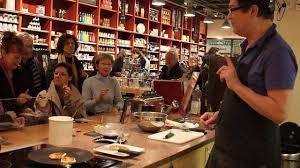 magasin bruit de cuisine les français s équipent pour jouer aux chefs