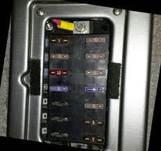 2004 tracker fuse box