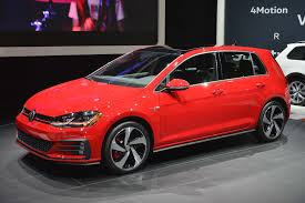 volkswagen gti custom u s spec 2018 volkswagen golf revealed ahead of new york motor