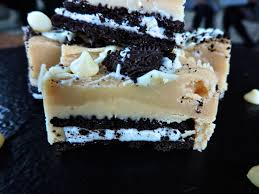 bonfire night white chocolate and vanilla oreo fudge u2013 bakedbyh