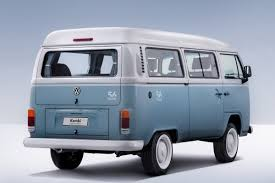 volkswagen kombi mini vw says adieus to brazilian made kombi with last edition model