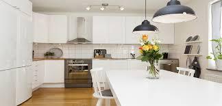 conseils cuisine nos conseil pour un bon éclairage de cuisine homebyme