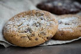 cookie with chocolate on toppings free image peakpx