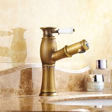 Single Hole Lavatory Faucet Brass Brushed Single Hole Bathroom Faucet With Pullout Spray
