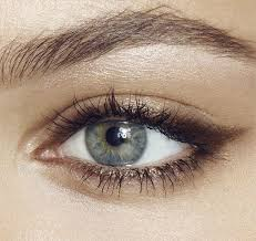 are you looking for the best way to get your eye makeup to last all day this is the place to be this is the eye makeup tips that are going to
