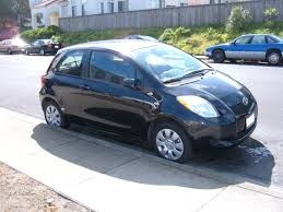 toyota yaris 2007 black file black toyota yaris liftback side jpg wikimedia commons