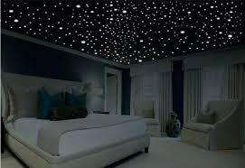 chambre ciel étoilé led ciel etoile plafond etoile chambre une chambre lumineuse avec un