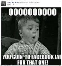 Spelling Police Meme - fugitive burglar taunts detectives with photographs of him sat on