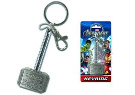 jun112049 avengers thor hammer pewter keyring previews world