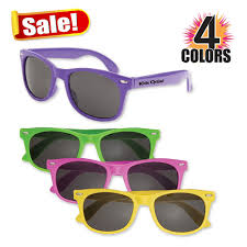personalized sunglasses wedding favors everything you need to about wedding party sunglasses