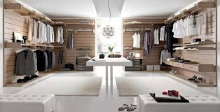 stanza guardaroba la cabina armadio soluzione utile e intelligente per il guardaroba