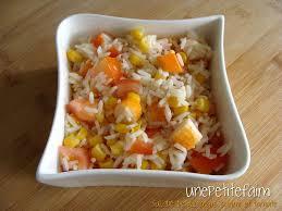 cuisiner le surimi salade de riz maïs surimi et tomate une faim