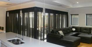 guide in choosing the right window curtains